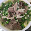 一碗牛杂汤